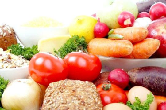 В меню должны преобладать овощи, крупы и фрукты