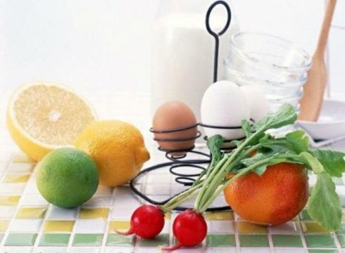 Под запрет попадают яйца, молоко, некоторые овощи и фрукты