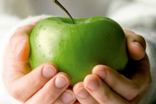 Фрукты при дерматите нужно выбирать желтого или зеленого цвета