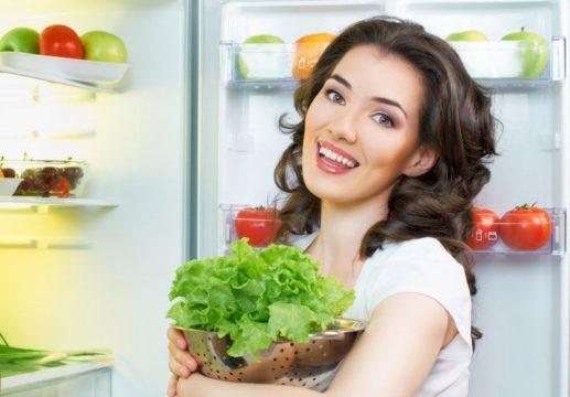 Диета основана на употреблении овощей с ягодами и фруктами