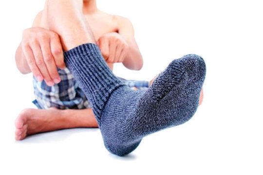 Носки от потливости массируют ногу, пропускают воздух и обладают антисептической пропиткой